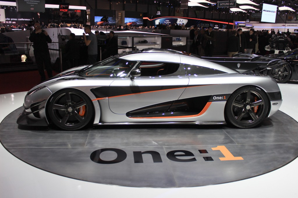 koenigsegg-one-1-engine-yzhwerl1i