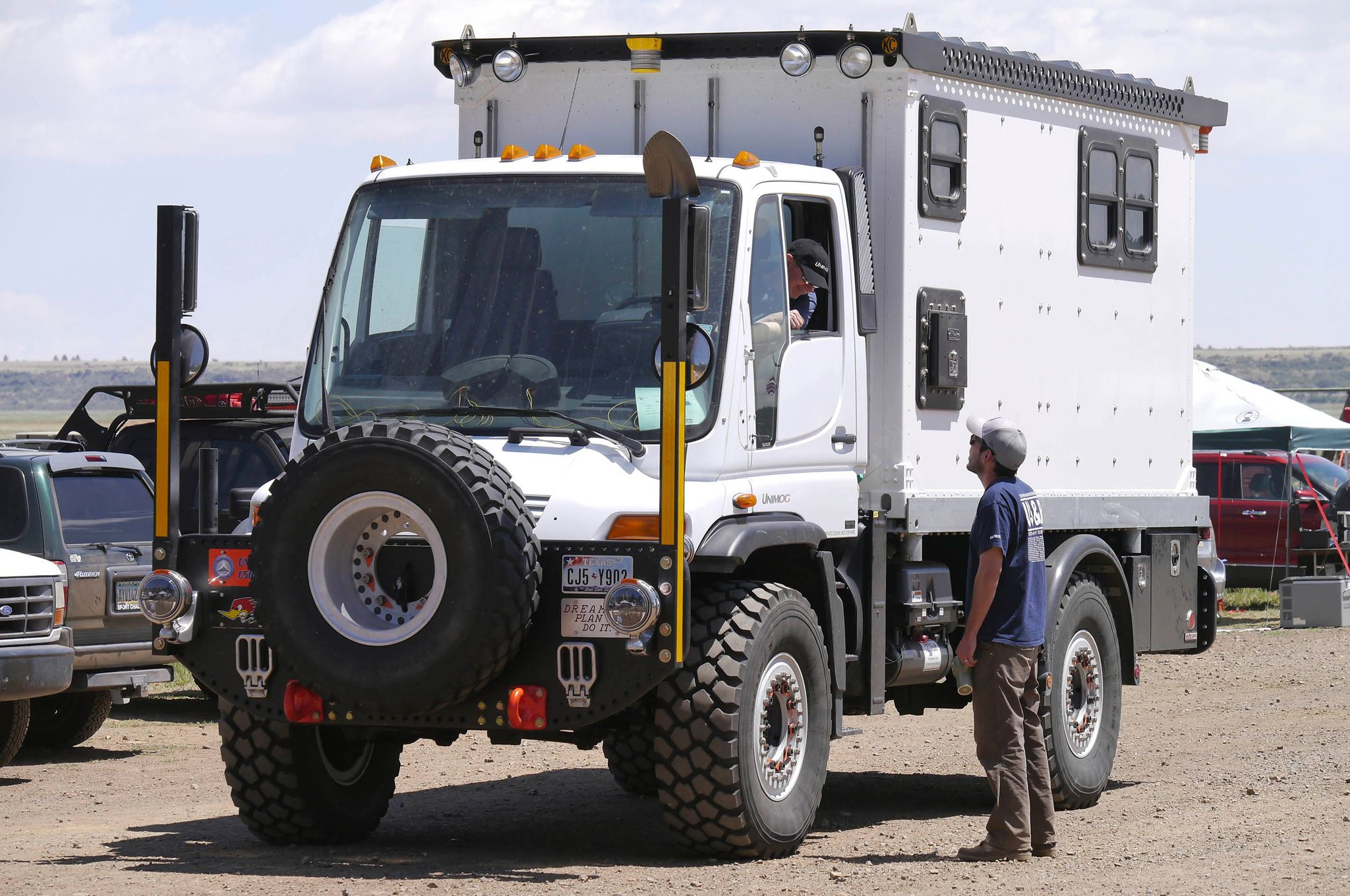 What Is Overlanding Moto Networks