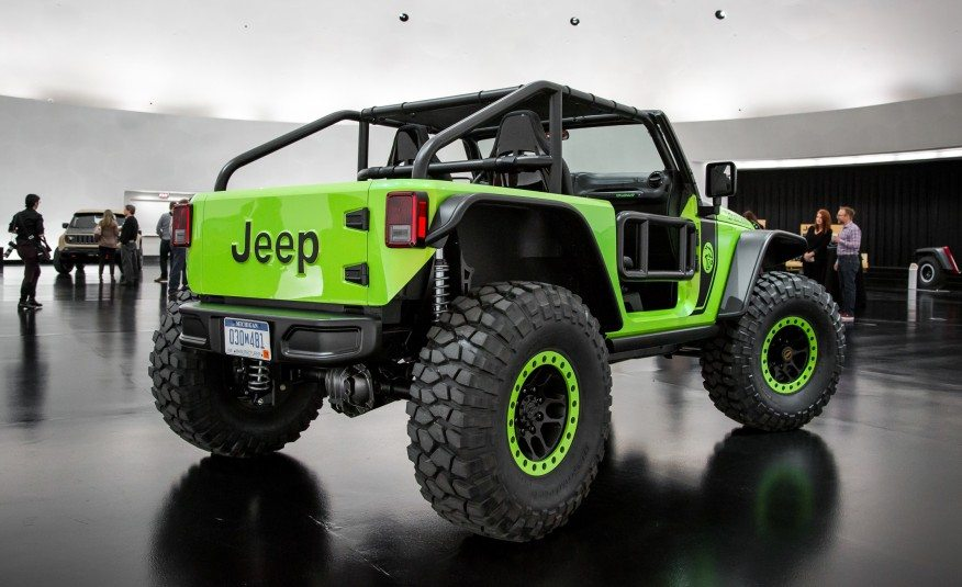 The Jeep Trailcat Concept Is One Badass Looking Rig - Moto ...
