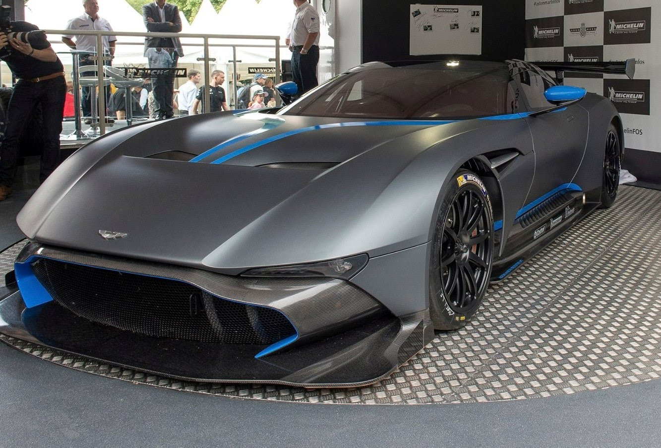 Aston Martin Vulcan PHOTO: YouTube