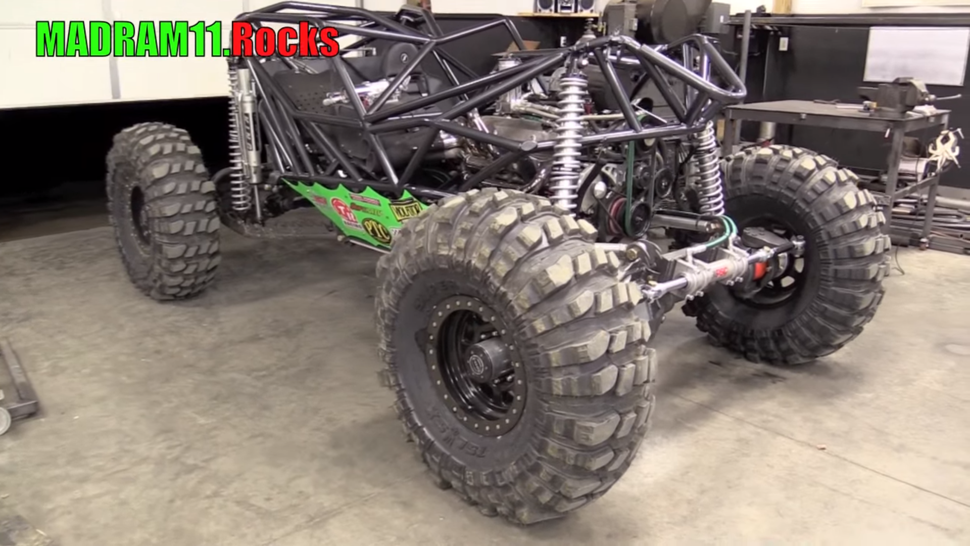 Notice how the Front end doesn't have all of the King Shocks installed yet.  PHOTO: YouTube MadRam11