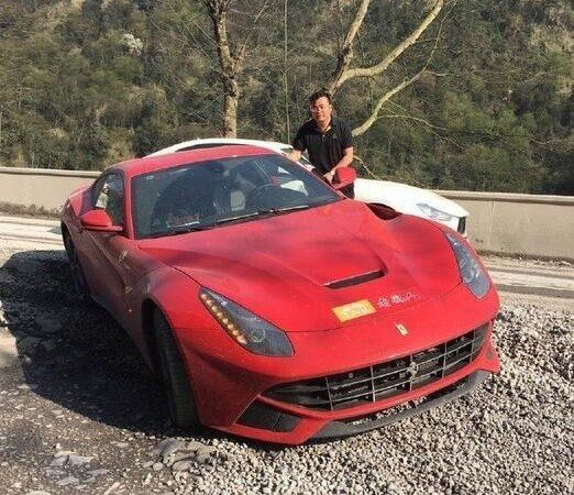 Chinese Businessman Takes Italian Supercars for an Offroad Adventure