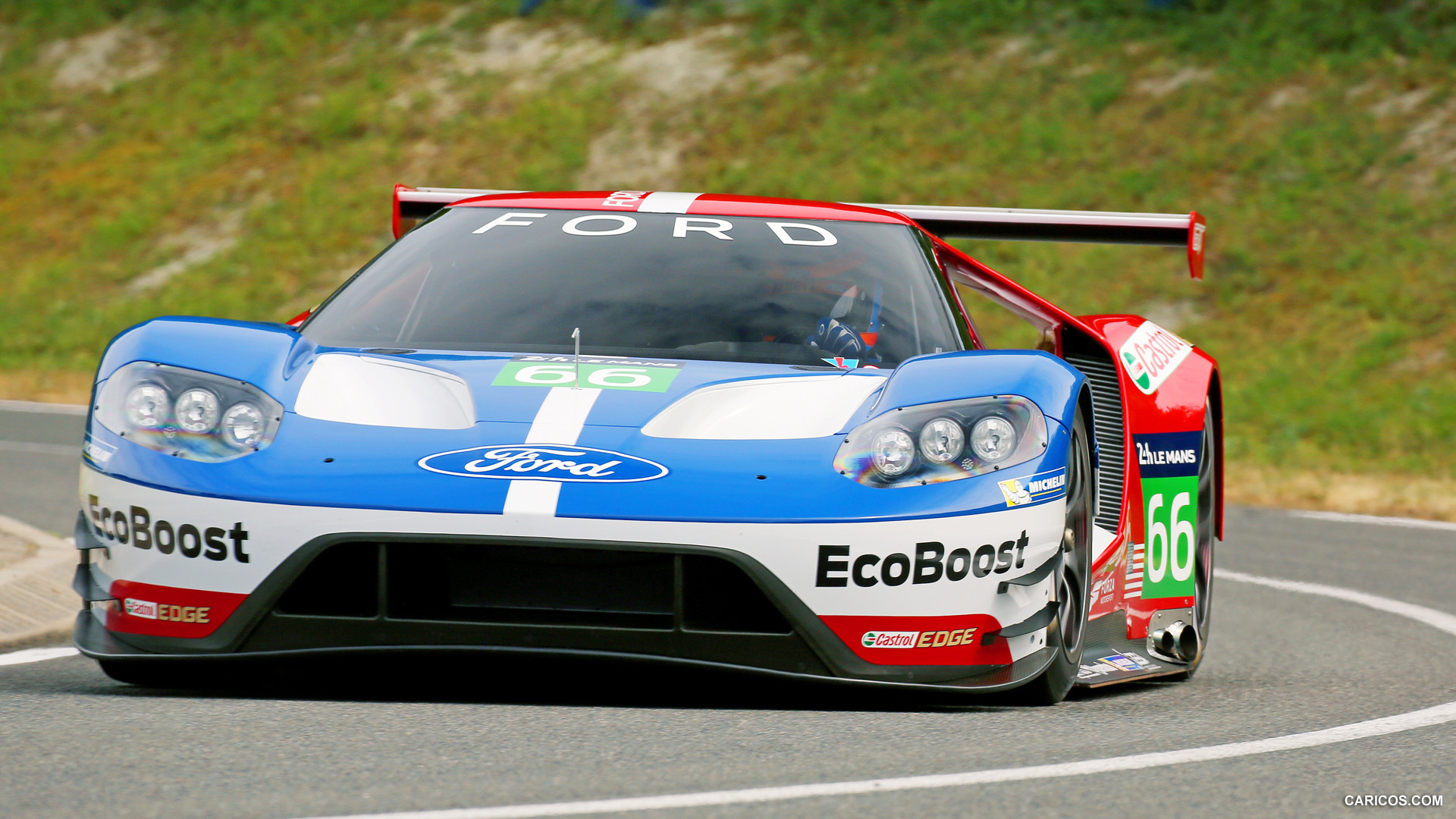 ford gt wins the 24 hours of le mans gte pro class moto. Black Bedroom Furniture Sets. Home Design Ideas