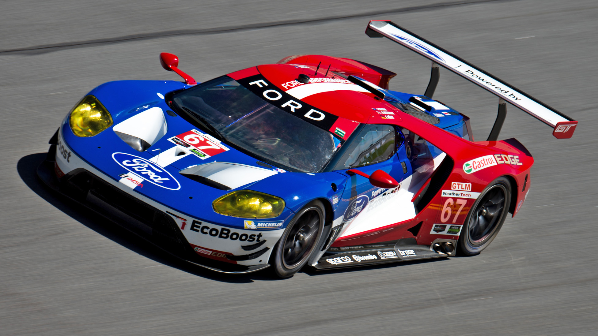 Ford Gt Wins The 24 Hours Of Le Mans Gte Pro Class Moto