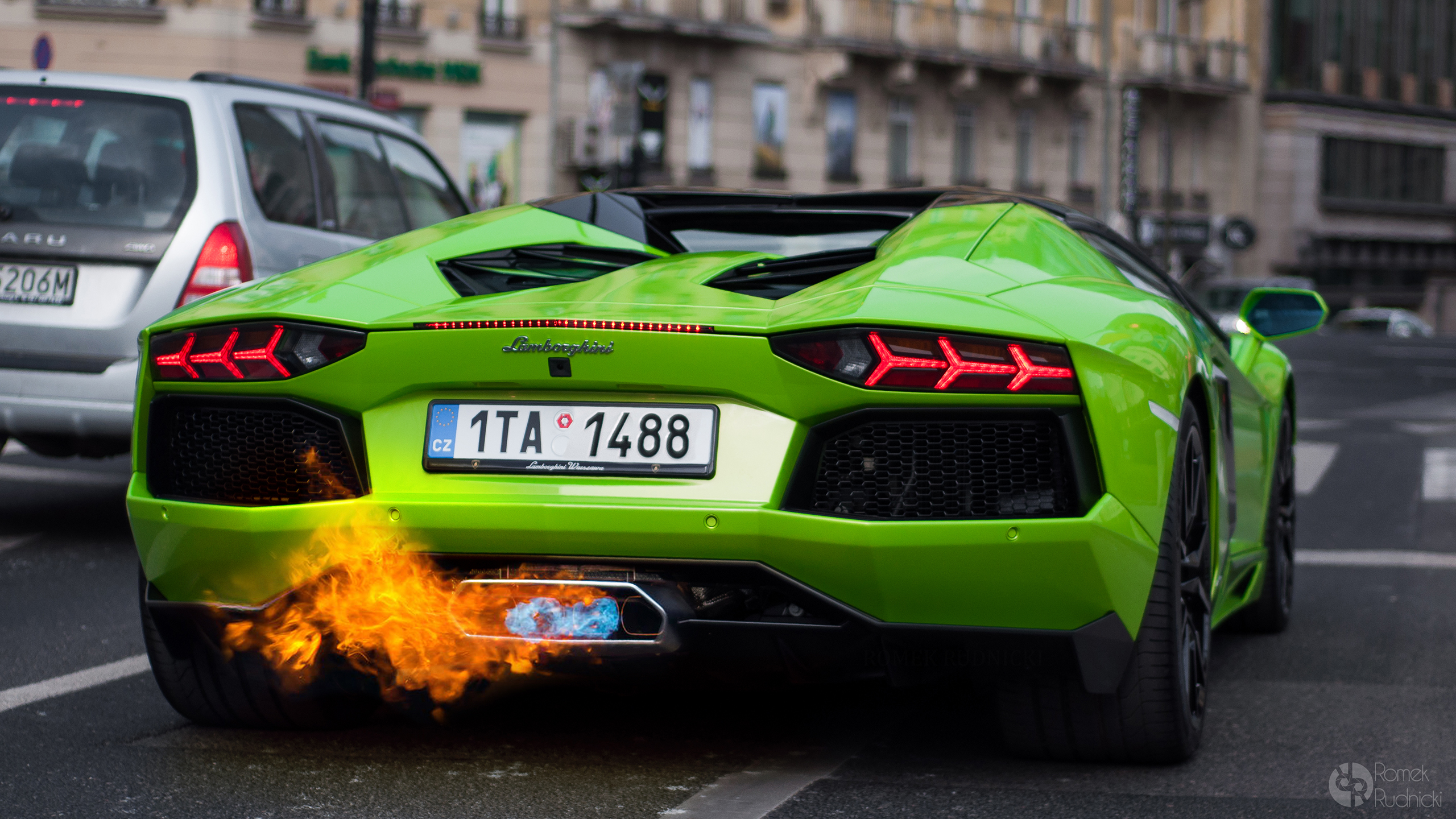 Some more backfire flames, you can never have enough. Photo: daily-backgrounds