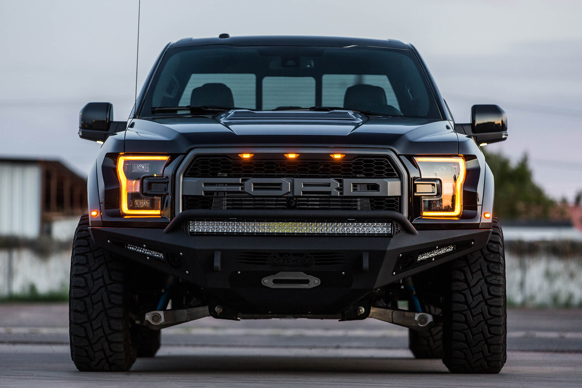 I have to admit, thats a great looking front end. Its an aftermarket bumper and winch but still. Photo: addictivedesertdesigns