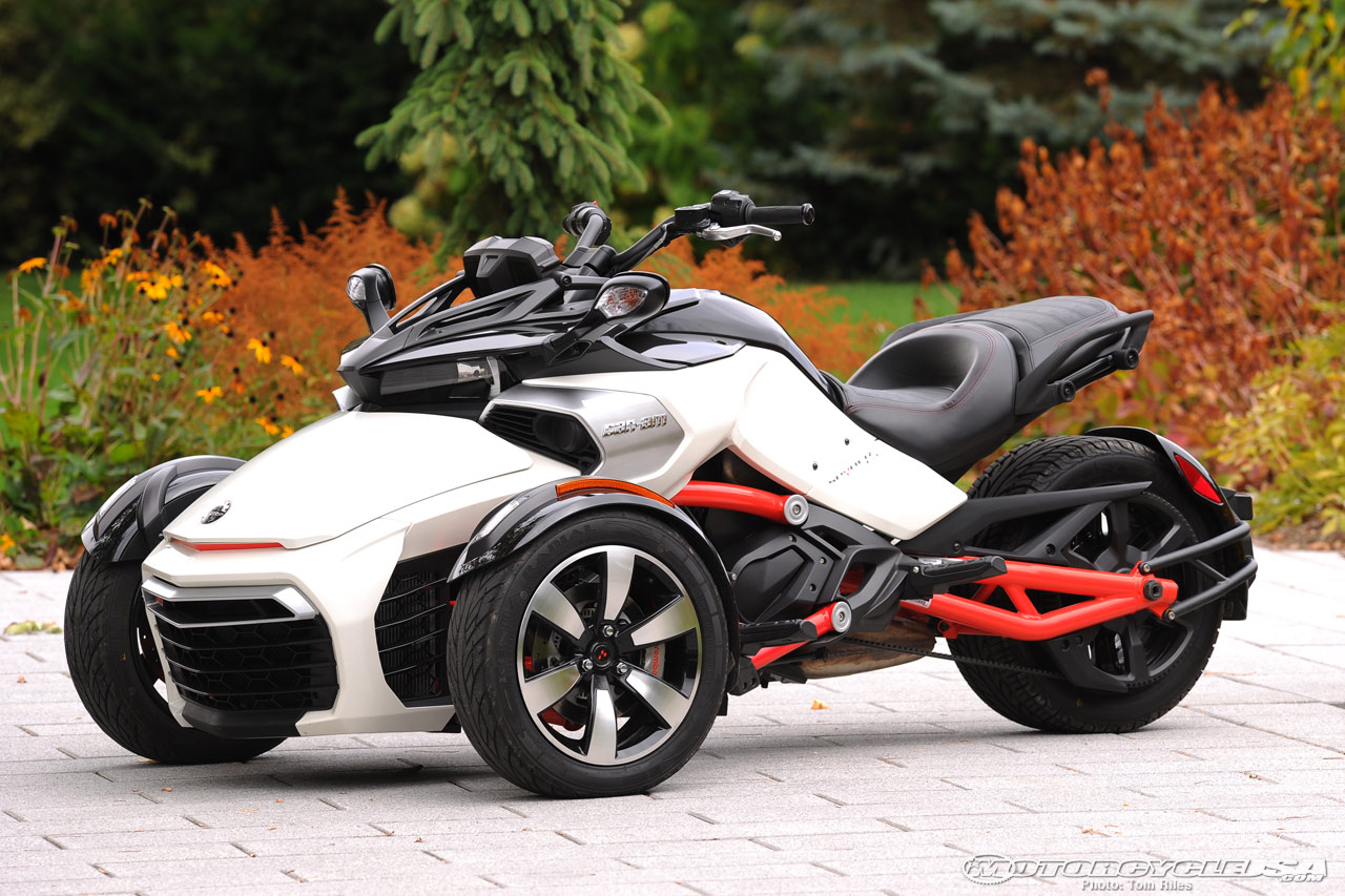 I think Can-Am had this idea long ago with their Spyder series Photo: motorcycleusa
