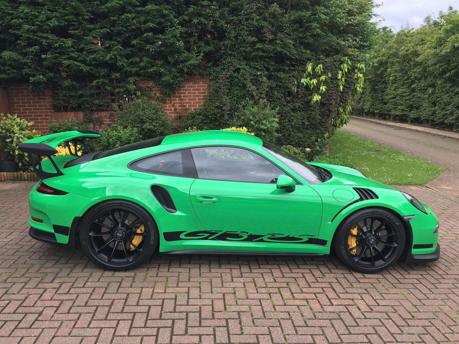 Corvette-Grand-Sport-vs-911-GT3-RS-lap-time.jpg5_ Mesmerizing Porsche 911 Turbo Vs Z06 Cars Trend