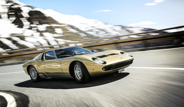 Lamborghini Miura & Diablo VT: Two Lamborghini's That Evolved the Supercar As We Know It