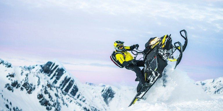 first ride ski doo summit x 850 is it really a better mountain sled than the pro rmk moto. Black Bedroom Furniture Sets. Home Design Ideas