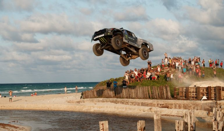 Recoil 4: Bj Baldwin Smashes His 850hp Trophy Truck Through Cuba