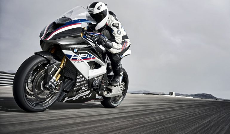 BMW HP4 RACE: The Ultimate 2-Wheeled BMW