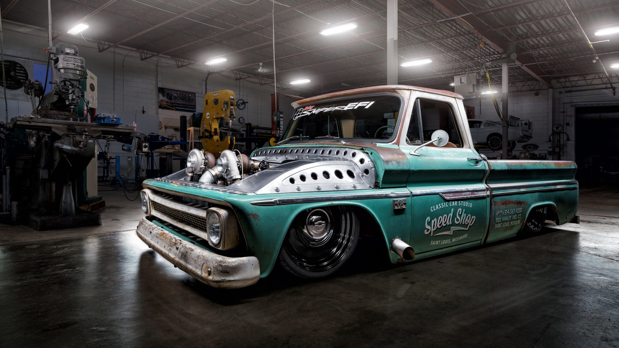 meet tiffany the baddest twin turbo c10 shop truck you 39 ll ever see moto networks. Black Bedroom Furniture Sets. Home Design Ideas