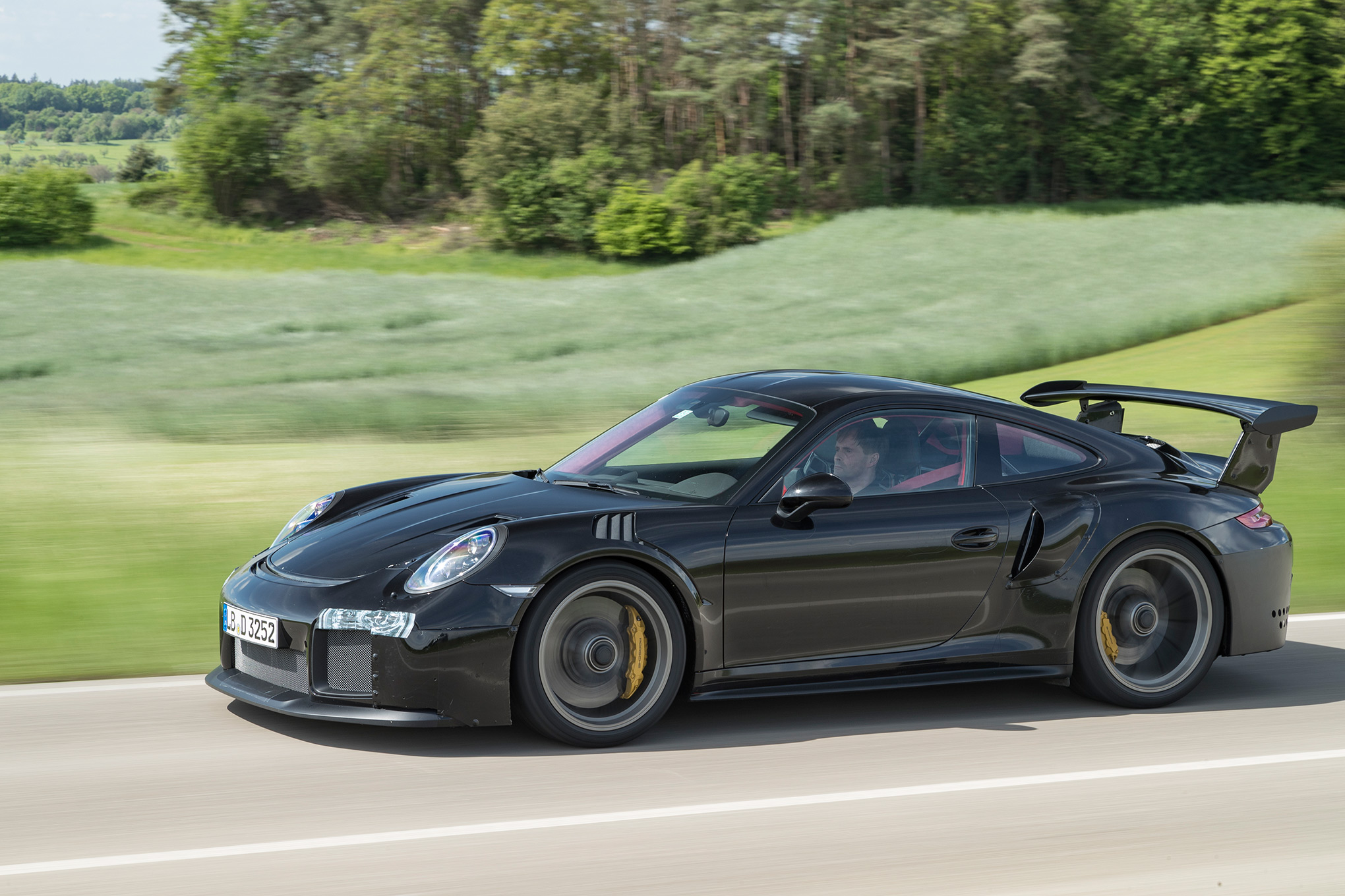 Porsche-911-GT2-RS.jpg3_ Breathtaking How Many Porsche 911 Gt2 Were Made Cars Trend