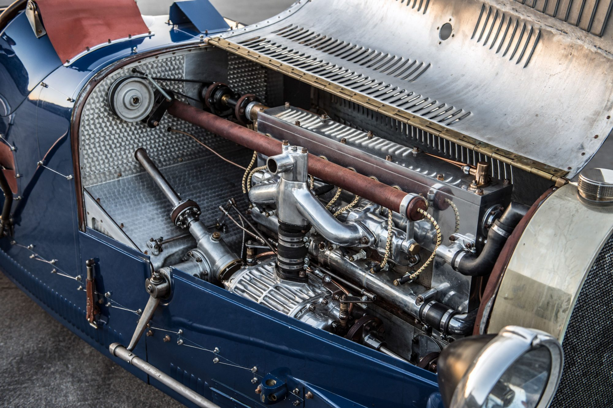 the bugatti type 35 grand prix car lives again thanks to pur sang argentina moto networks. Black Bedroom Furniture Sets. Home Design Ideas