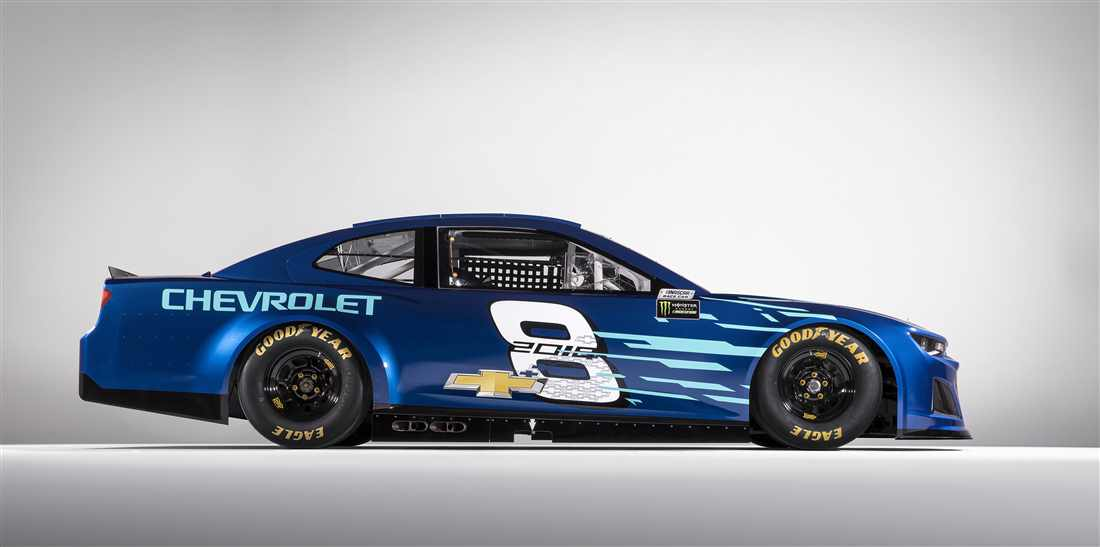 The Chevy Camaro Zl1 Makes Its Way To Nascar For The 2018
