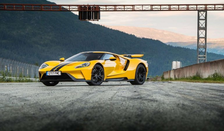 Chris Harris In A Ford GT! What Could Be Better?