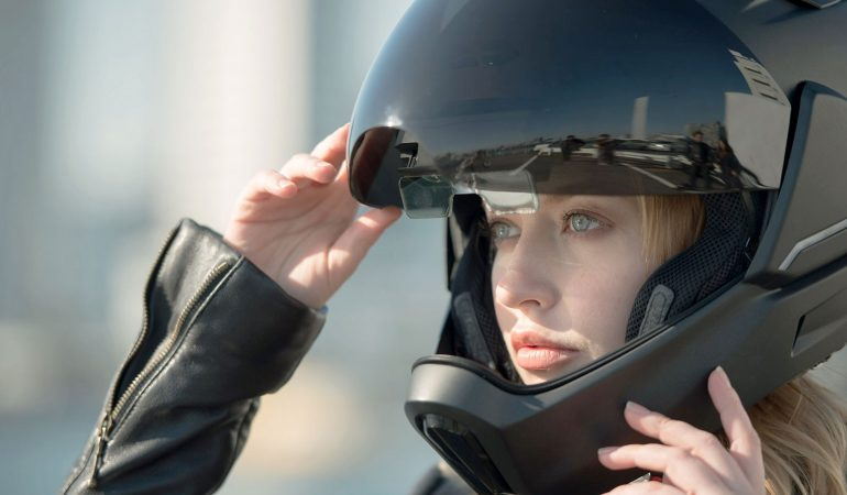 CrossHelmet: Revolutionary Smart Helmet